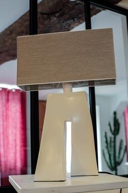 Lampe Ballade Lin couleur ficelle. Les artisans d'art.