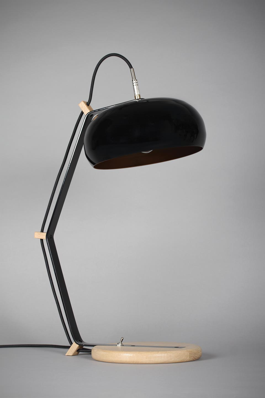 Lampe à poser Rhoda TBL noire . Les nouveaux éditeurs.