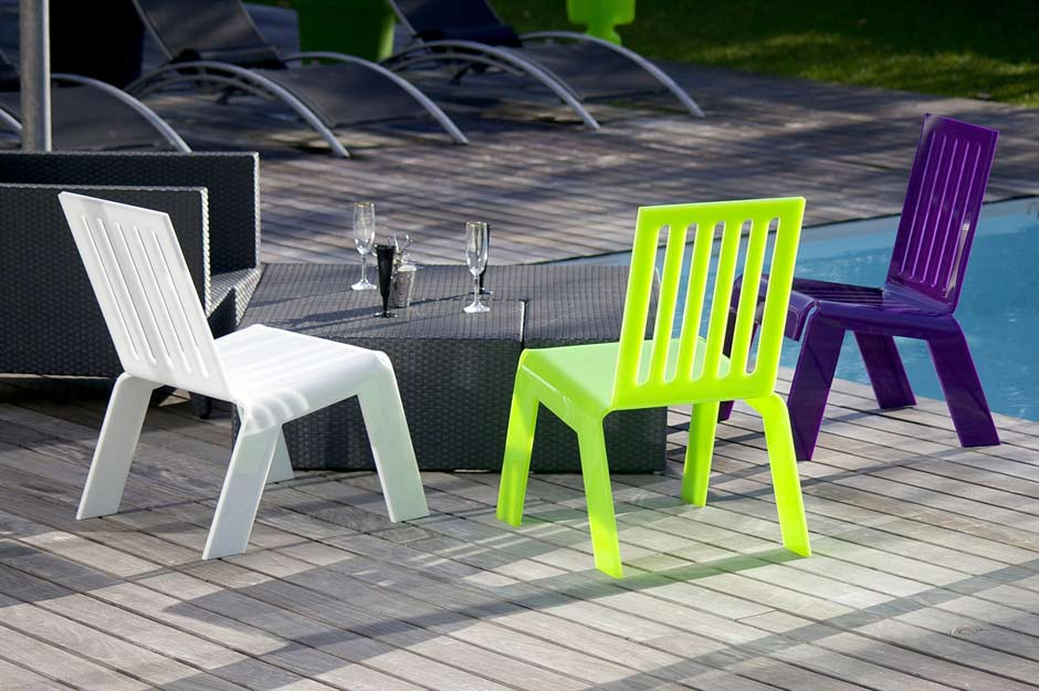 chaise de jardin plexiglas vert acrila sp cialiste du plexiglas r f 11030420. Black Bedroom Furniture Sets. Home Design Ideas