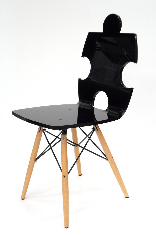 Chaise En Plexiglass Puzzle Noir Opaque Acrila