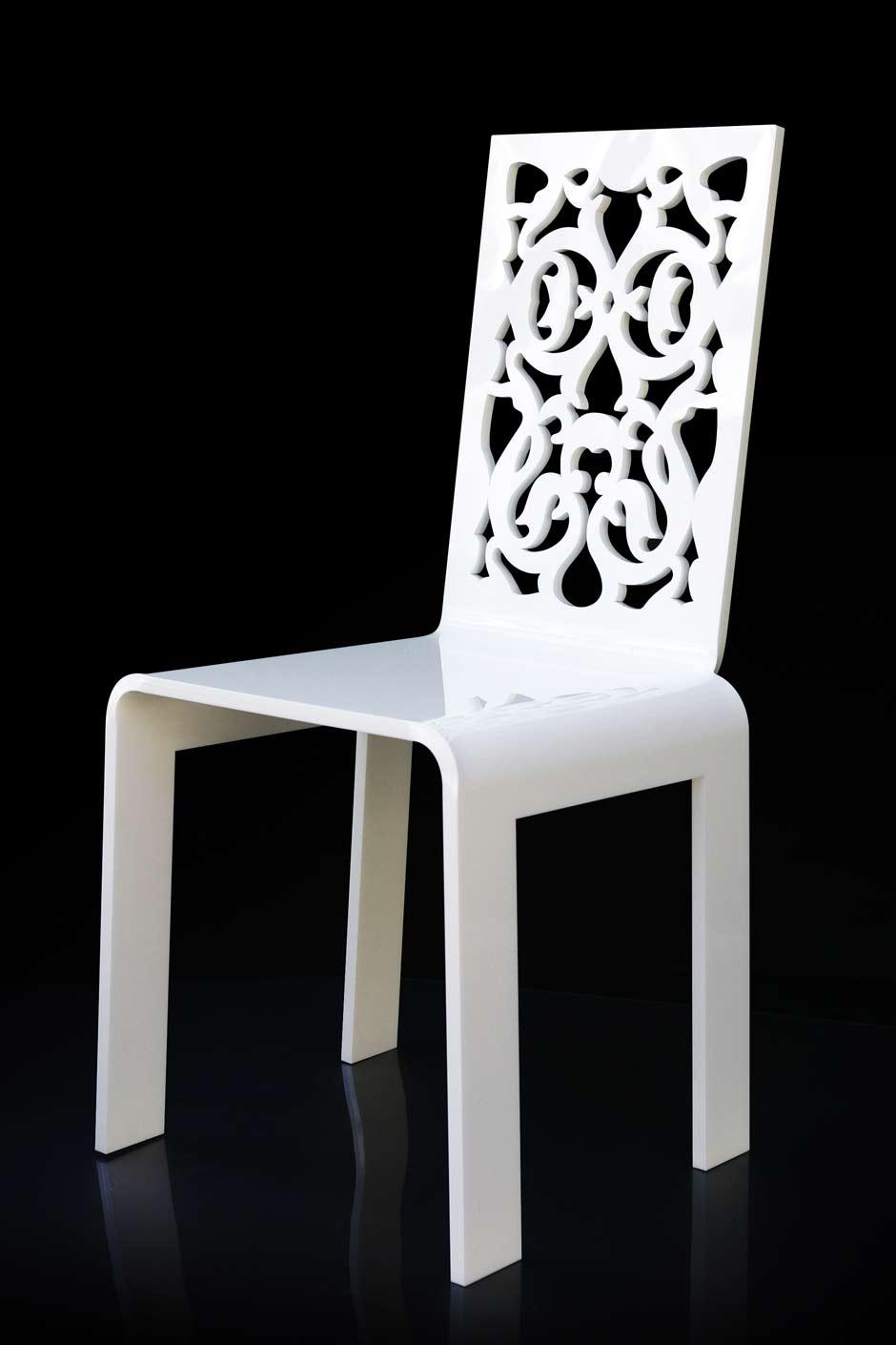 chaise grand soir dentelle blanche acrila sp cialiste du plexiglas r f 11030403. Black Bedroom Furniture Sets. Home Design Ideas