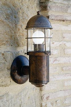 Applique d'extérieur en lanterne de phare grille et cylindre. Aldo Bernardi.