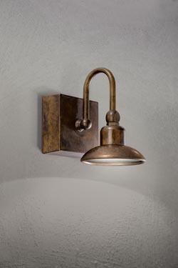 Applique murale cuivre et laiton patiné support carré éclairage LED puissant. Aldo Bernardi.