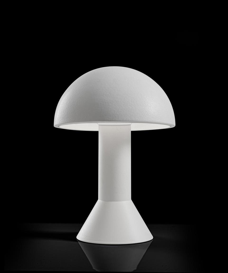 Lampe de table en céramique blanc mat. Aldo Bernardi.