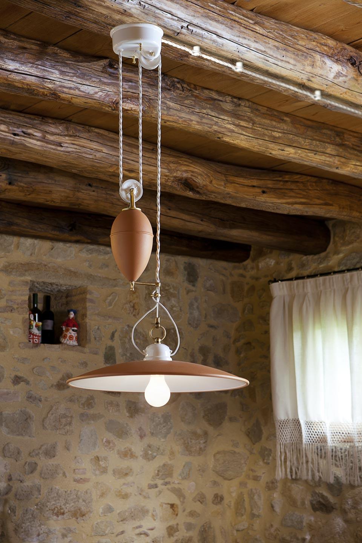 suspension contrepoids en porcelaine blanche unie aldo bernardi luminaire de prestige en. Black Bedroom Furniture Sets. Home Design Ideas
