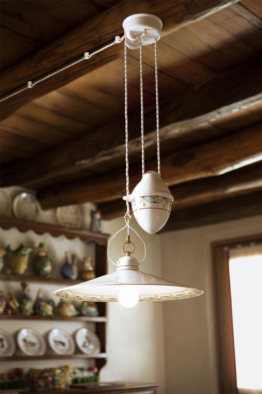 suspension monte et baisse en porcelaine blanche d cor en feuilles aldo bernardi luminaire. Black Bedroom Furniture Sets. Home Design Ideas