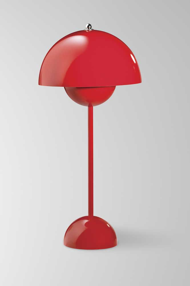 Flower Pot lampe droite rouge. & Tradition.