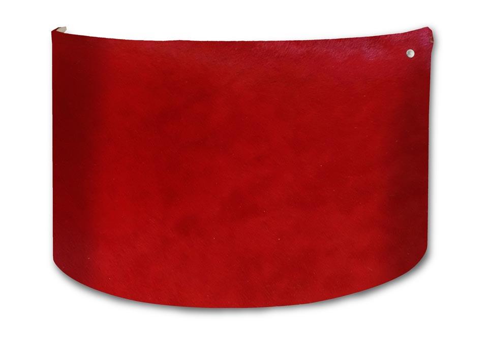 Applique rouge peau de vache de couleur . Angel des Montagnes.