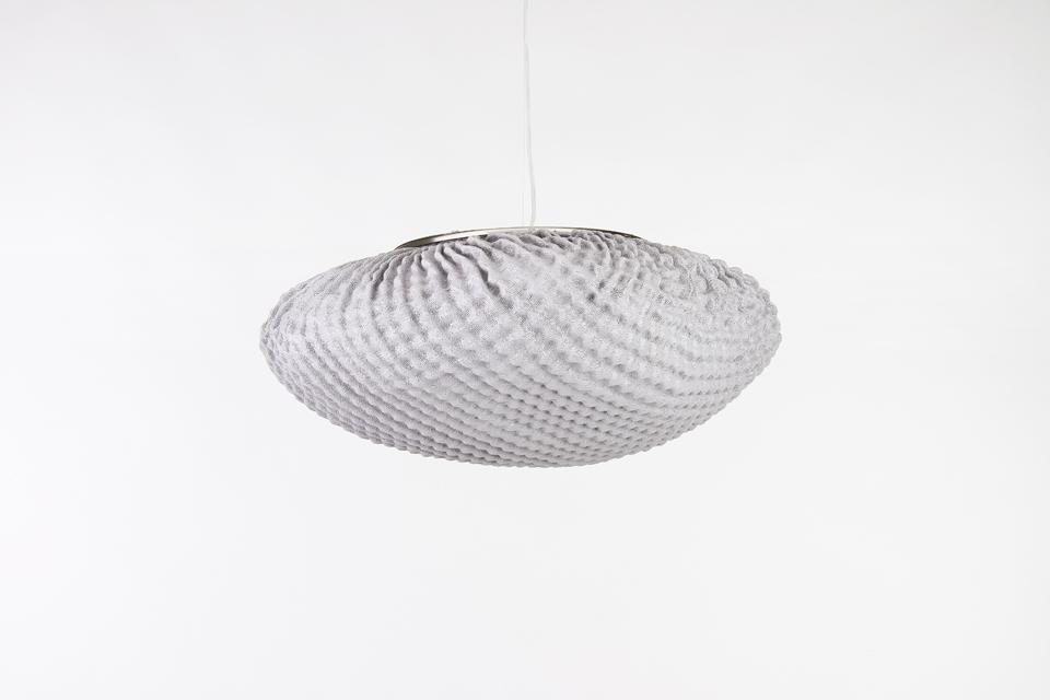 Grande suspension ronde et blanche tati arturo alvarez for Suspension ronde design