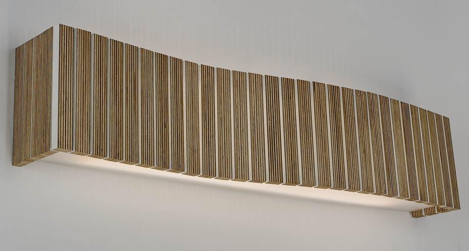 Applique lattes de bois wengé forme rectangulaire. Arturo Alvarez.