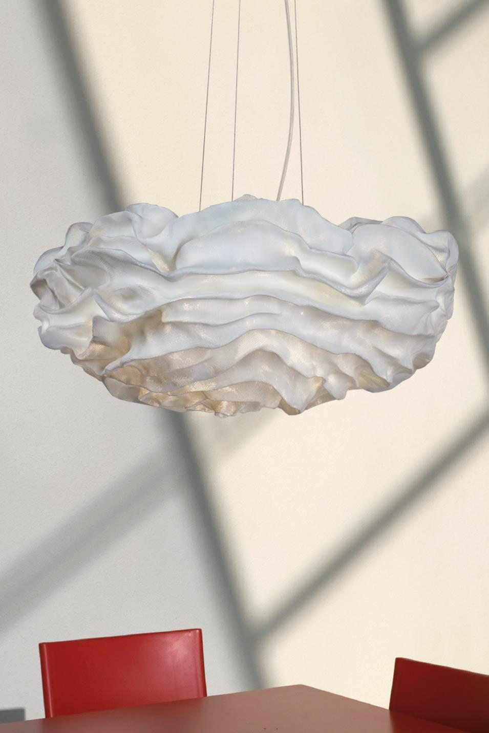Suspension fleur de tissu pliss blanc nevo arturo for Suspension tissu
