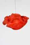 Suspension fleur rouge en tissu Simetech Nevo. Arturo Alvarez.