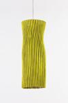 Suspension  verte en tissu plissé Simetech Gea  . Arturo Alvarez.