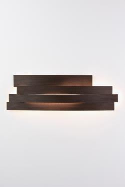 Li camel wall lamp in pressed cellulose. Arturo Alvarez.