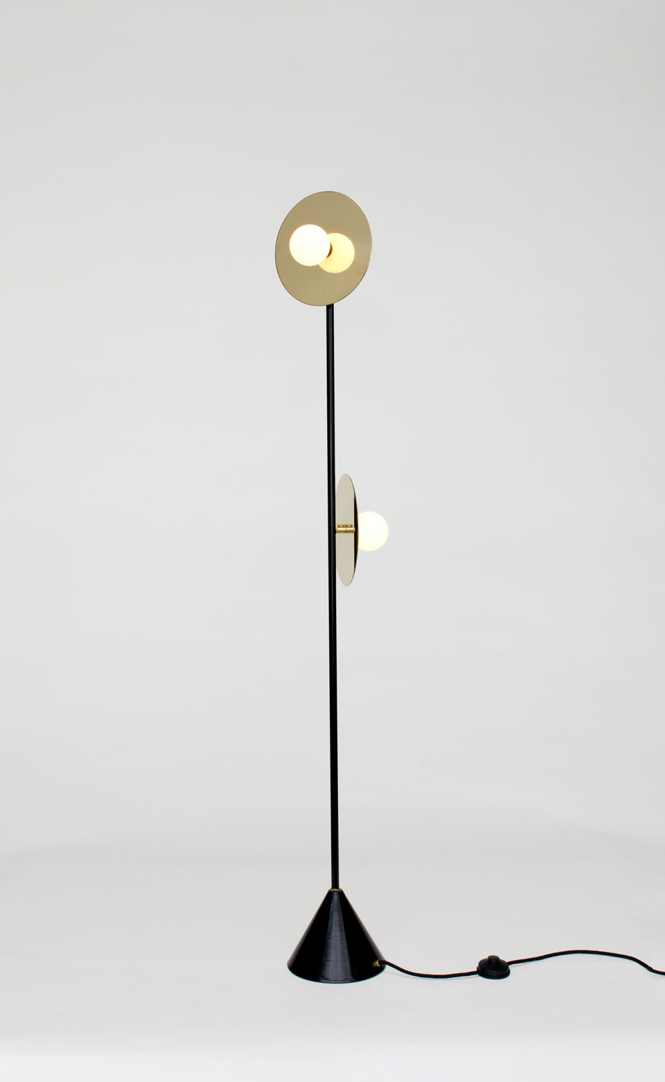 Disc and Sphere black and gold floor lamp, 2 lights white opal ball. Atelier Areti.