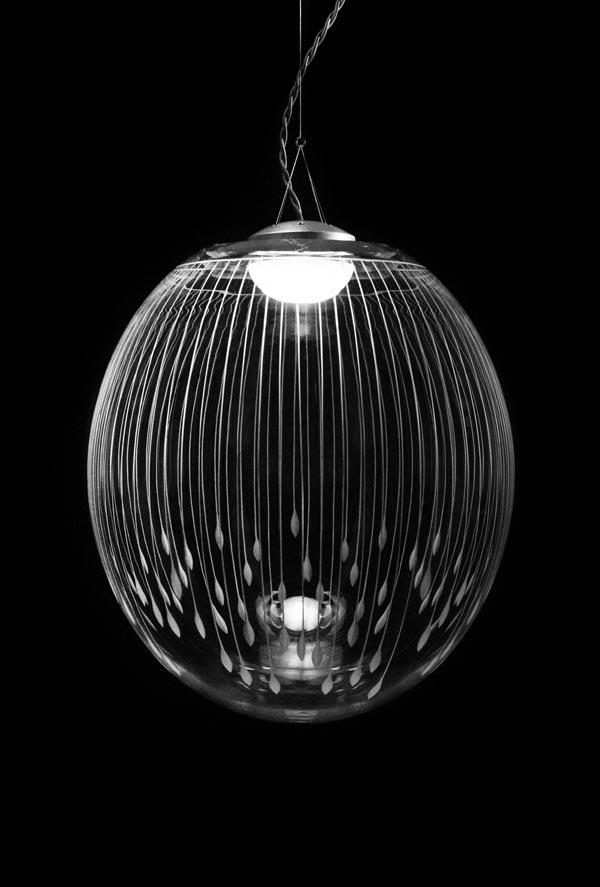 Kirshlag suspension en cristal souffl grav sph re dessin - Suspension en cristal ...