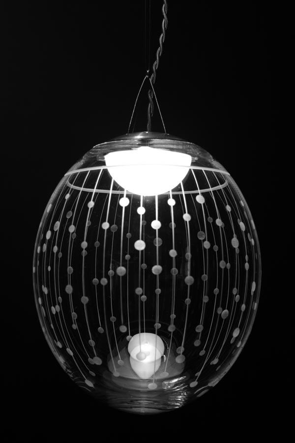 Kirshlag suspension ronde en cristal souffl grav dessin - Suspension en cristal ...