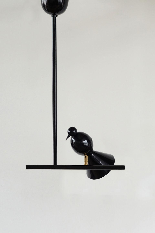 Suspension noire en métal Alouette. Atelier Areti.