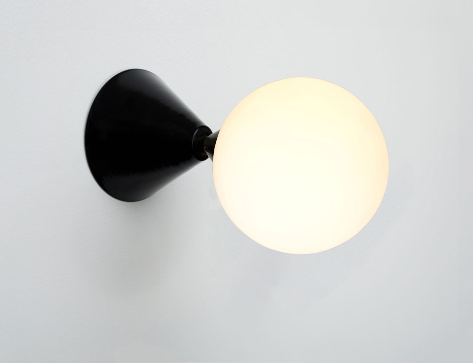Wall light  black cone and sphere. Atelier Areti.