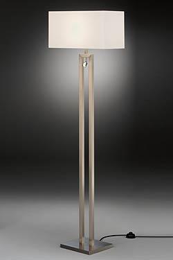 Lampadaire avec spot liseuse LED nickel mat et abat-jour chintz blanc. Baulmann Leuchten.