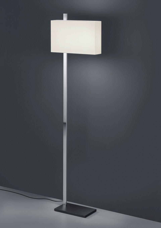 Lampadaire à éclairage LED, en nickel poli. Baulmann Leuchten.