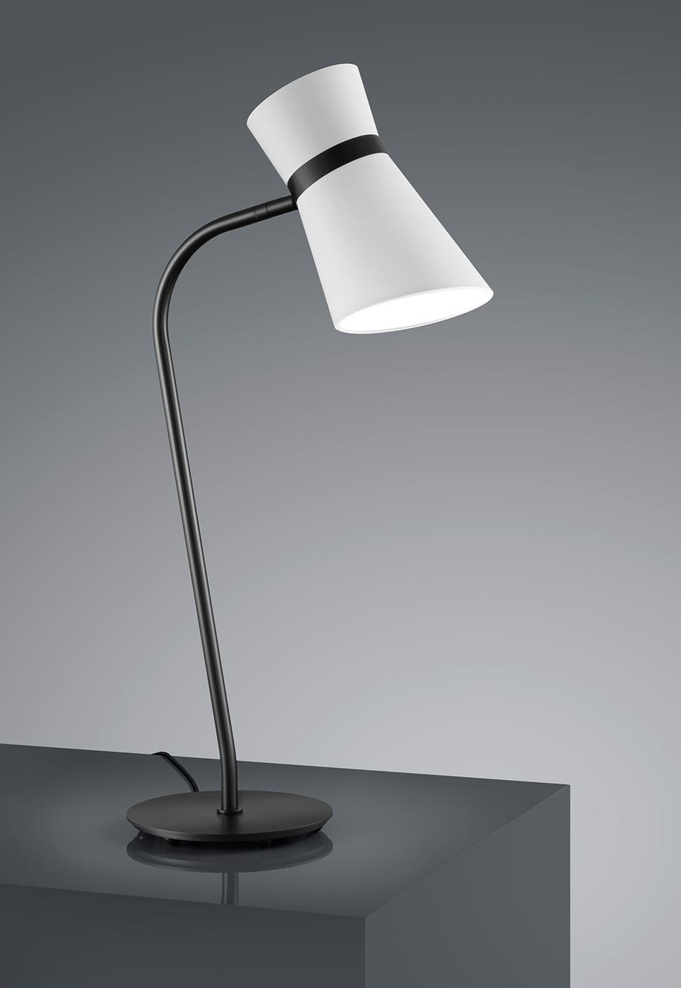 Lampe de table en métal noir mat. Baulmann Leuchten.