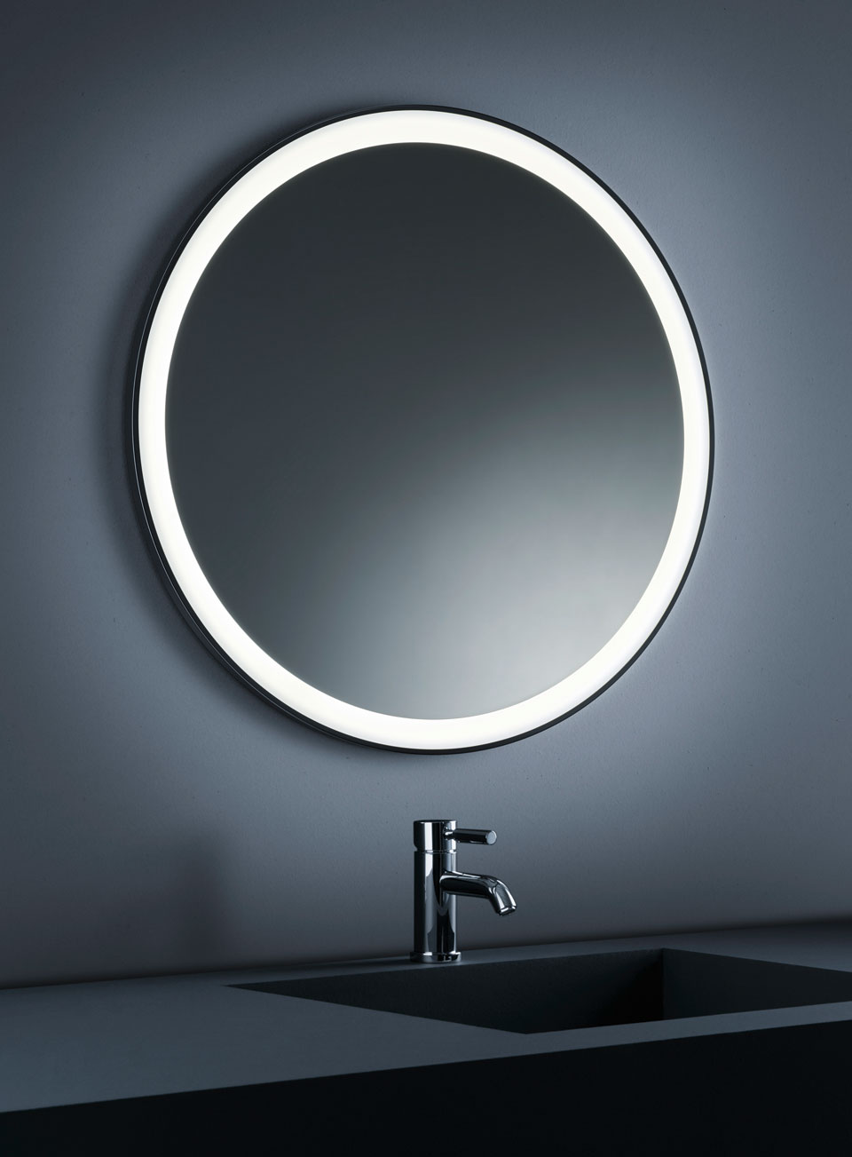 miroir lumineux de salle de bains rond inox poli. Black Bedroom Furniture Sets. Home Design Ideas