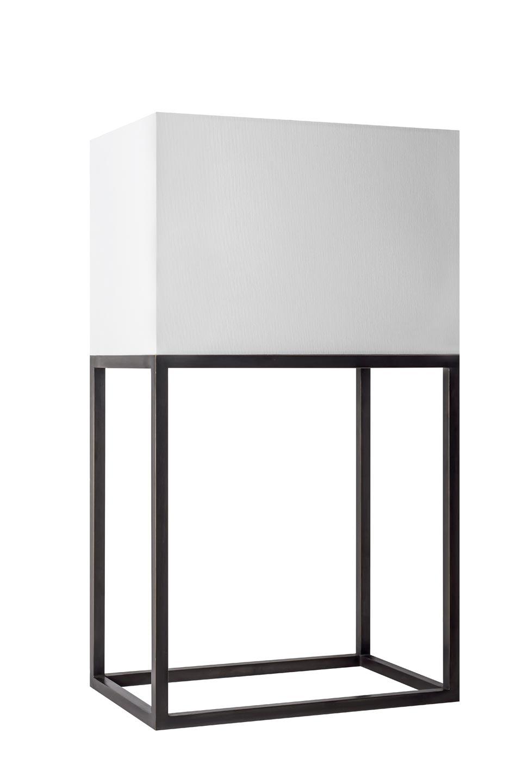 Lampe de table polygone en laiton L177. Casadisagne.