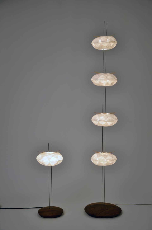 lampadaire en cocons de papier japonais c line wright r f 09110472. Black Bedroom Furniture Sets. Home Design Ideas