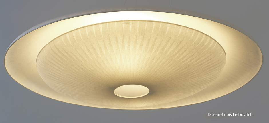 diva suspension en papier japonais c line wright r f 11090341. Black Bedroom Furniture Sets. Home Design Ideas