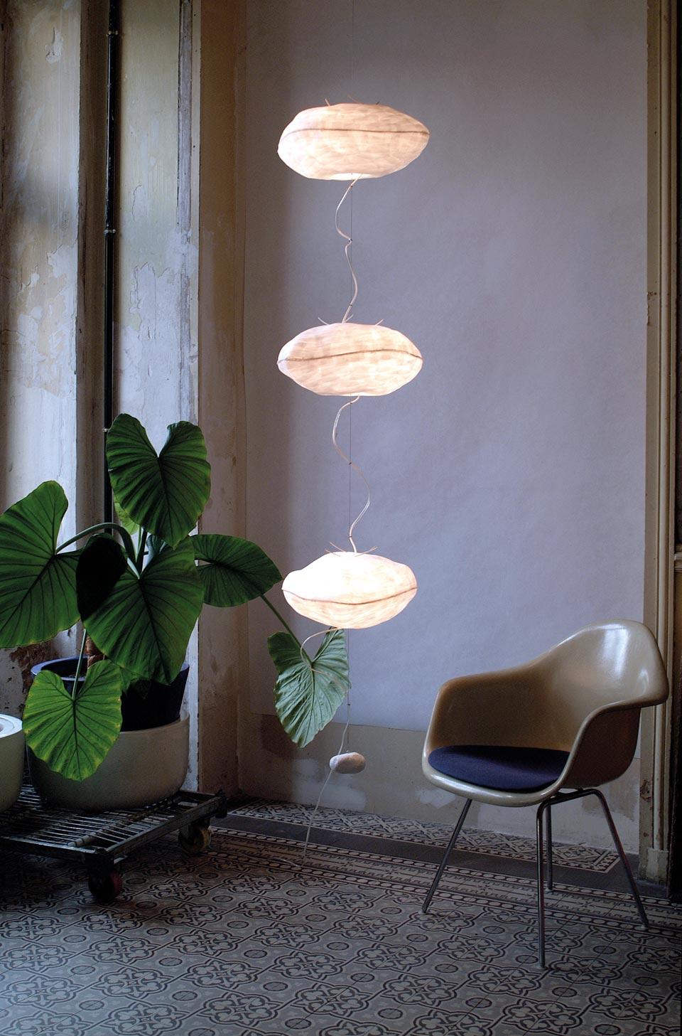 Points de Suspension lampe à suspendre. Céline Wright.