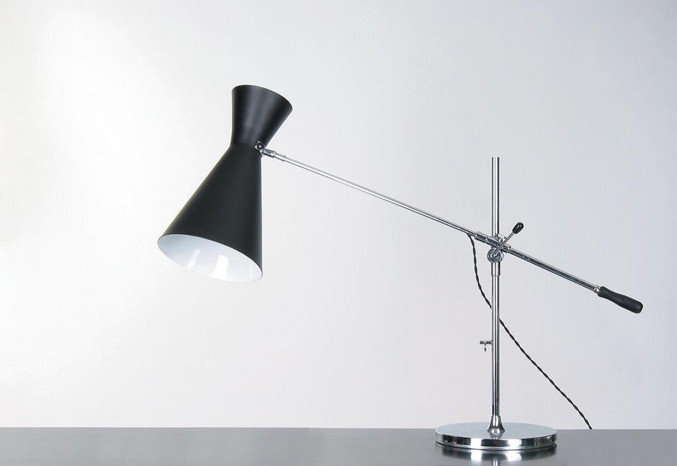 Lampe de bureau double cône noir stilnovo contract more