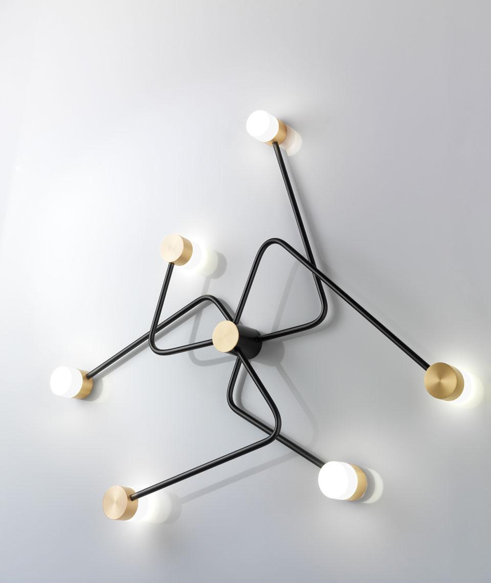 Applique Constellation, design, en laiton massif et verre soufflé, graphite et doré. CVL Luminaires.
