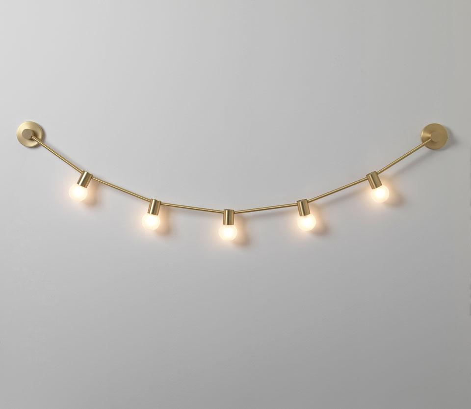 Guirlande du 14 Juillet XS, applique 5 lumières dorée mat. CVL Luminaires.