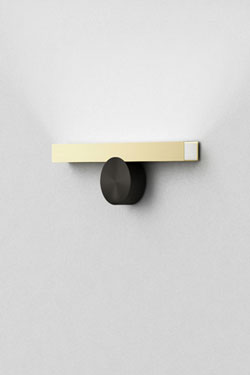 Calée wall lamp, horizontal, minimalist design, graphite button and golden ruler. CVL Luminaires.