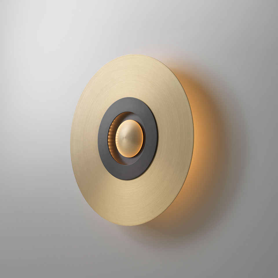 Earth-Sober wall lamp in satin brass and graphite small model. CVL Luminaires.