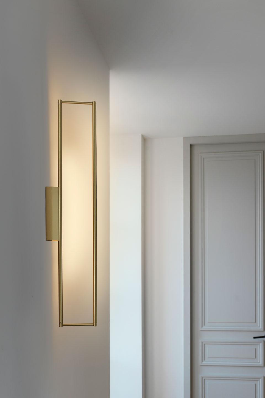 link 725 rectangular wall lamp in satin brass led lighting cvl
