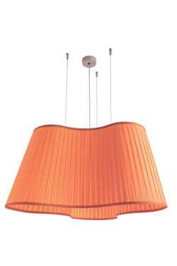 Etoile suspension orange . Dix Heures Dix.