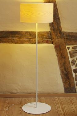 Funk lampadaire petit abat-jour en bois d'érable. Dreizehngrad 13°.