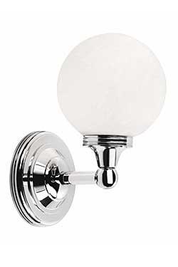 Applique boule pour salle de bain en chrome et verre dépoli Austen 4. Elstead Lighting.