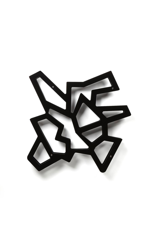 Etagère graphique Macramé noire. Emporium.