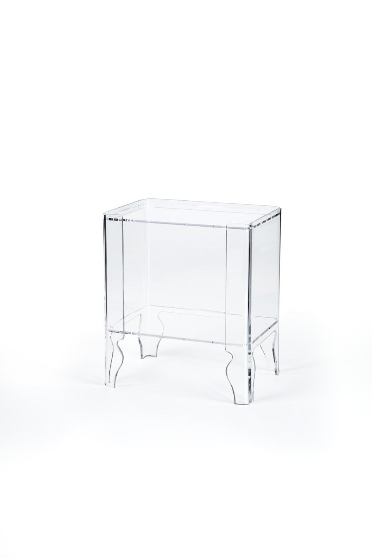 Table de chevet Naif transparente. Emporium.