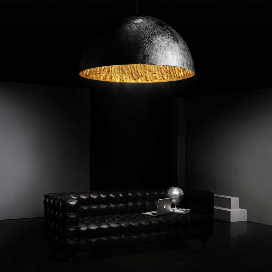 Magma g very large black pendant with gold finish interior faro r f 11090205 for Luminaire multi suspension colore enfant