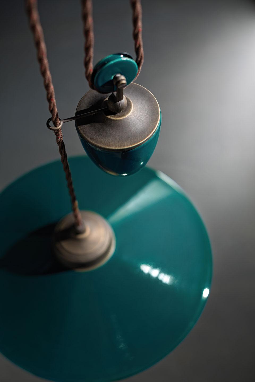 suspension monte et baisse bleu canard style r tro ferroluce luminaires en c ramique et. Black Bedroom Furniture Sets. Home Design Ideas