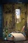 Petite suspension ampoule apparente style loft. Ferroluce.