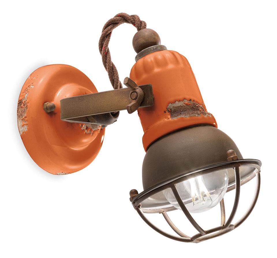Spot vintage orange en céramique et métal rouillé. Ferroluce.