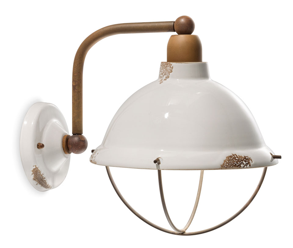 Wall lamp in white ceramic and aged brass. Ferroluce.