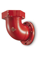 Raspberry red industrial style wall light. Ferroluce.
