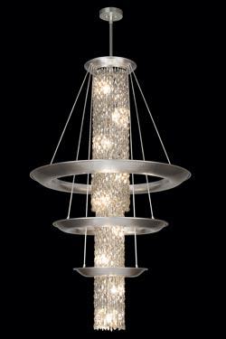 Très grand lustre rond de cristal en cascade et trois cercles de métal argenté - Collection Celestial. Fine Art Lamps.