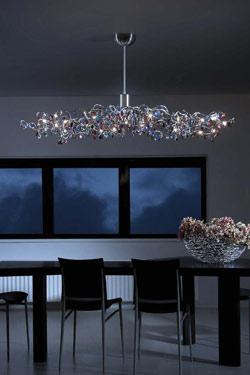 Tiara ovale lustre 24 lumières multicolore  en verre taillé. Harco Loor.